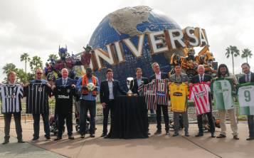 Ejecutivos de la Florida Cup, de Universal Olrando Resort y representantes de los clubes de jugadores, durante el anuncio oficial.