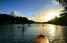 """La práctica de """"paddle board"""" es muy popular en el Lago Carraízo. (Suministrada)"""