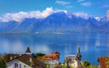 Desde el lago Leman podrás ver una perspectiva única de la ciudad. (Shutterstock.com)