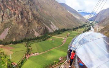 La vista desde una de las habitaciones colgantes del Skylodge Adventure Suites, en Urubamba, Perú, no puede ser más sensacional. (Suministrada/TripAdvisor)