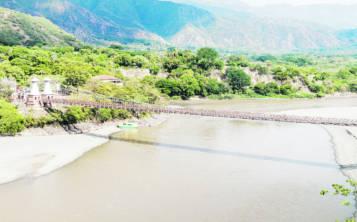 El paisaje de de Santa Fe de Antioquía está dominado por el río Cauca de cuyas playas se extrae oro. (Shutterstock.com)
