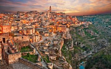 Pasear por Matera es como volver a un pasado olvidado, donde se detuvo el tiempo. (Shutterstock.com)