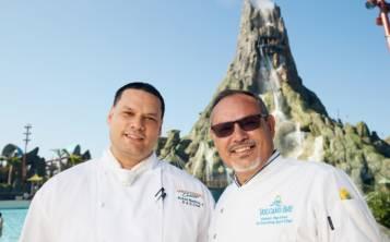 Robert Martínez, padre e hijo. (Foto Universal Orlando Resort)